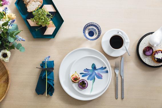 artesano flower art schale flach pastaschale von the. Black Bedroom Furniture Sets. Home Design Ideas