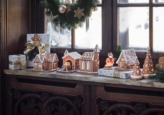 Winter Bakery Decoration Lebkuchenkirche von The House of ...